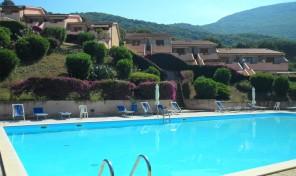 Nisporto – In residence con piscina (rif.304)