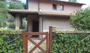 Localita' Bagnaia, porzione di bifamiliare (rif.406)