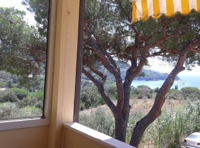 A Elba da terrazzo vista mare spiaggia del Lido