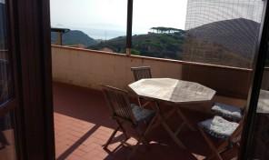 Rio Elba, Bilocale Vista mare e garage