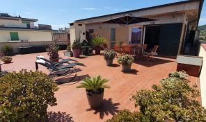 Portoferraio, Attico con terrazza (rif.805)