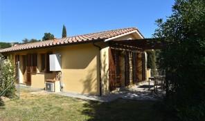 Capoliveri, porzione con giardino (rif.555)