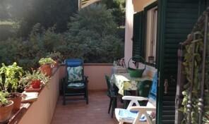 LOC.CAVO, Bilocale con terrazza (rif.447)