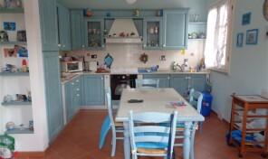 Porto Azzurro, Appartamento con garage (rif.79)